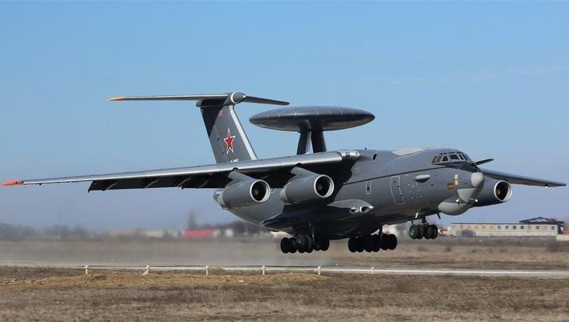 Минобороны России представило новейшие самолёты А-50У