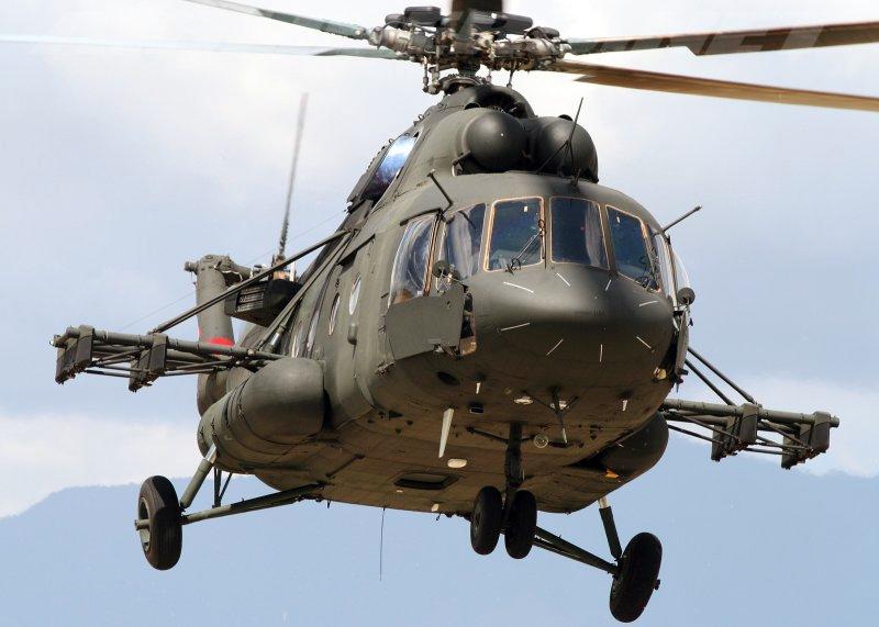 """Холдинг """"Вертолеты России"""" поставит Сербии два военно-транспортных вертолета Ми-17В-5"""