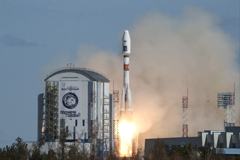 Запущенный с космодрома Восточный спутник Аист-2Д передал первые снимки из космоса