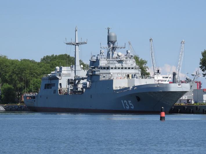 Большой десантный корабль «Иван Грен» приступил к ходовым заводским испытаниям