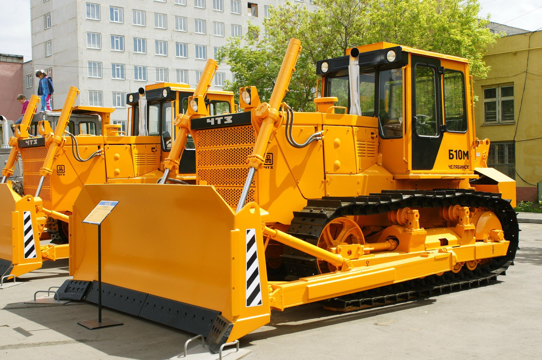«Челябинский тракторный завод» отгрузил во Вьетнам три бульдозера Б10М.