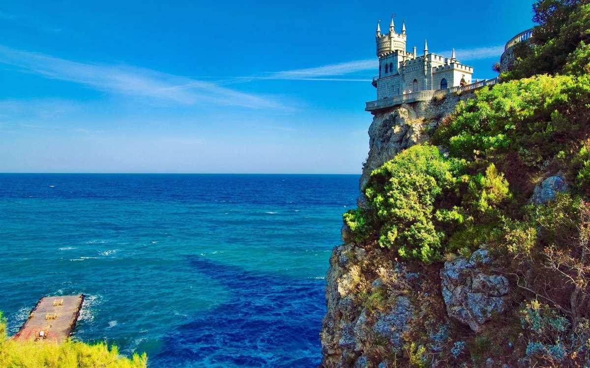 Число туристов, посетивших Крым с начала года, превысило отметку в 1 миллион человек