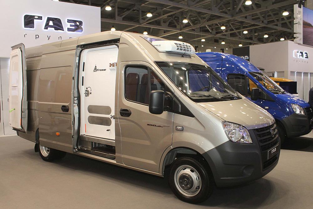 На базе нового фургона «ГАЗель NEXT» представили новые модели коммерческой спецтехники.