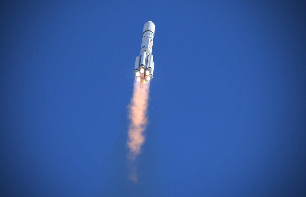 """Российский """"Протон-М"""" вывел на орбиту Земли американский спутник связи"""