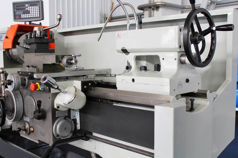 «СтанкоМашСтрой» начала серийное производство линейки токарно-винторезных станков СТ16К20