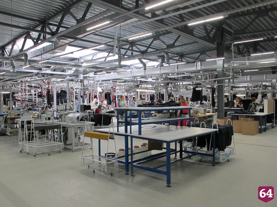 Новая швейная фабрика открылась в Саратовской области