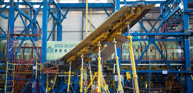 В ЦАГИ Сухой Суперджет 100 прошел 12 000 полетных циклов во время ресурсных испытаний