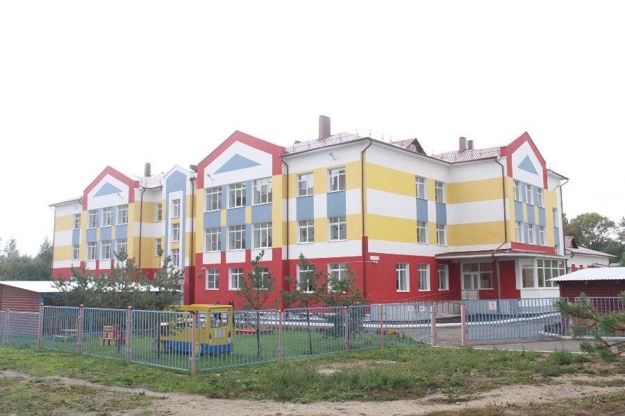 В Рыбинске состоялось торжественное открытие нового детского сада.Сумма финансирования из федерального, областного и городского бюджетов составила 112 миллионов рублей.