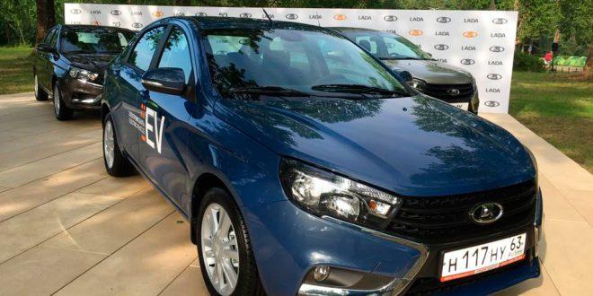 АвтоВАЗ впервые показал прототип электрического седана LADA Vesta