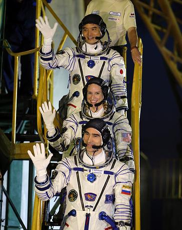 """Первый космический корабль новой серии """"Союз МС""""  успешно доставил новую экспедицию на МКС"""