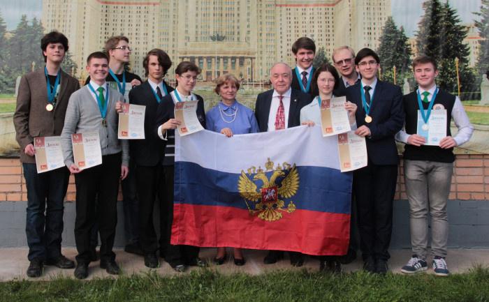 Сборная России выиграла 50-ю Международную Менделеевскую олимпиаду школьников по химии