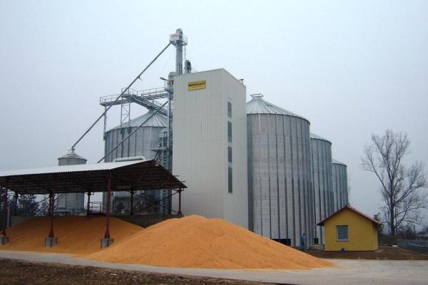 В Липецкой области запущены элеватор и зерносклад