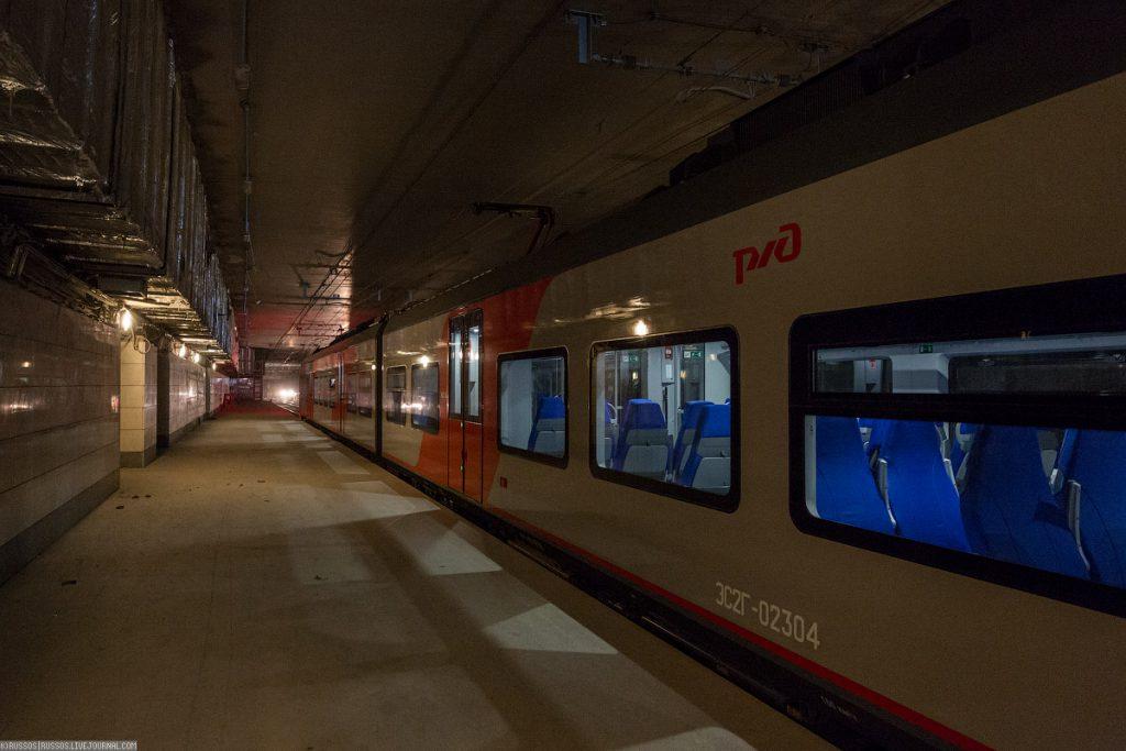 14. Станция «Площадь Гагарина».