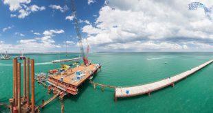 На Крымском мосту начали сооружать судоходную часть через Керченский пролив