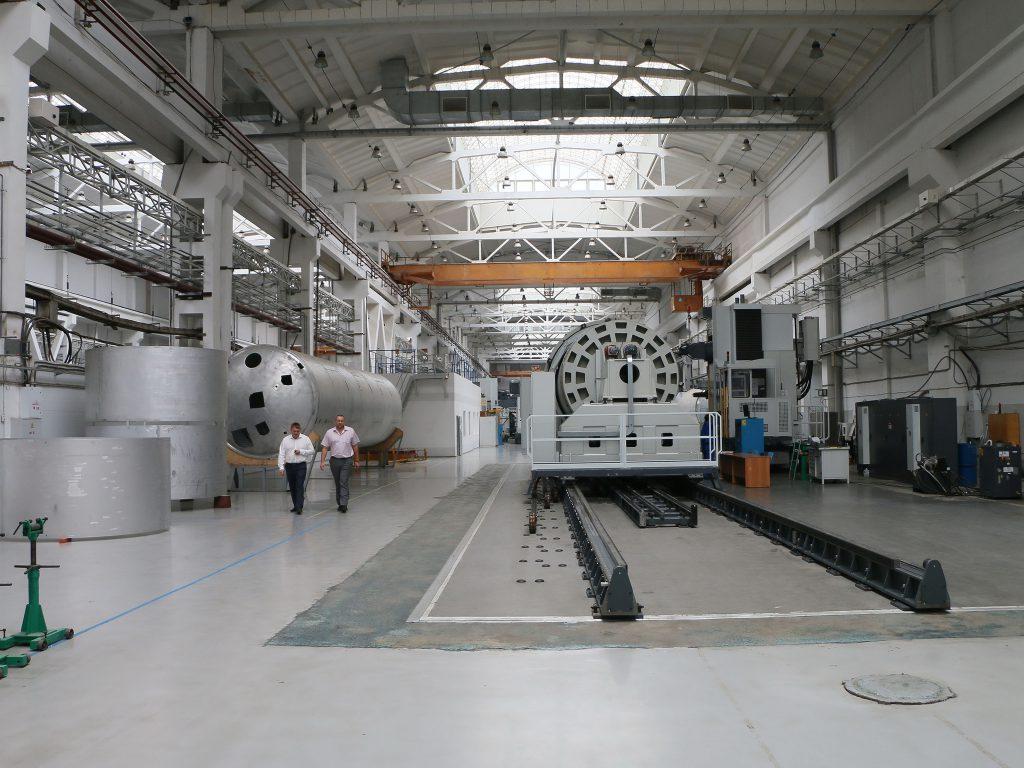 Новый цех сборки модулей ракеты-носителя «Ангара» построен на омском производственном объединение «Полёт»