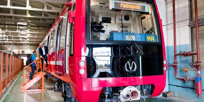 Продолжается обновление подвижного состава для метро Москвы и Санкт-Петербурга