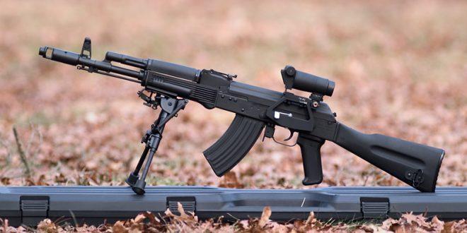 Россия поставит в Иран автоматы АК-103