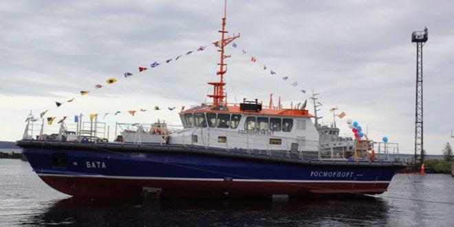 В Петрозаводске спустили на воду первый катер с ледовым усилением для «Росморпорта»