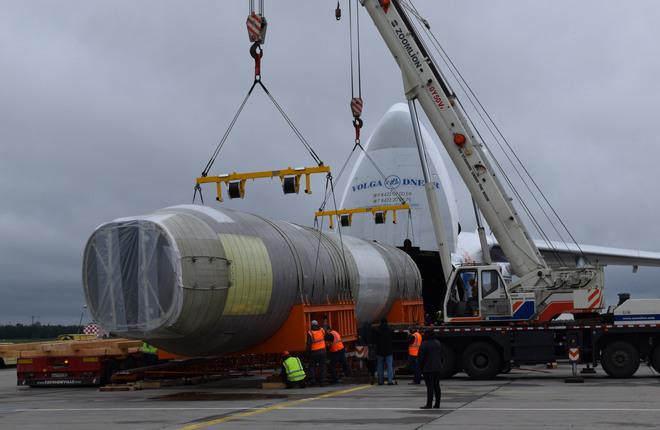 В ЦАГИ доставили фюзеляж самолета МС-21-300 для проведения статических испытаний3