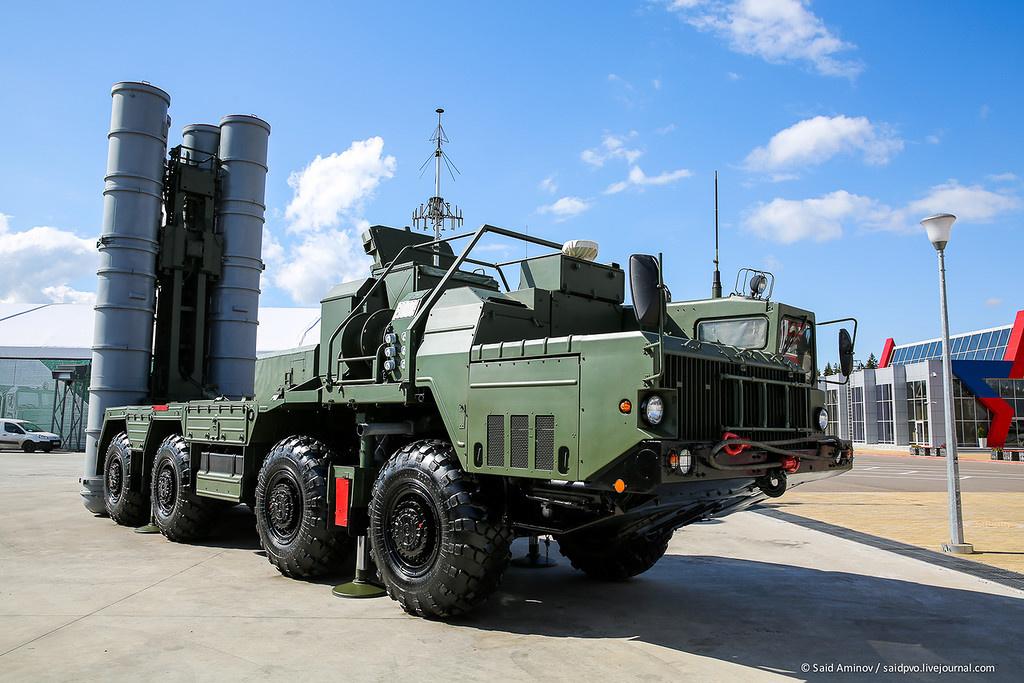 Фоторепортаж с открытия форума Армия-2016 в Парке Патриот