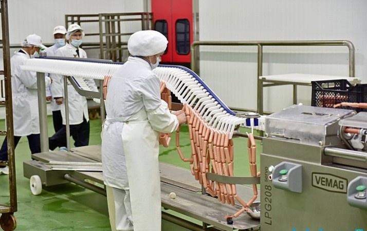 Линию по производству вареных колбас запустили в Набережных Челнах