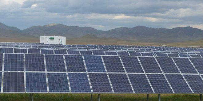 На Алтае открыли третью солнечную электростанцию