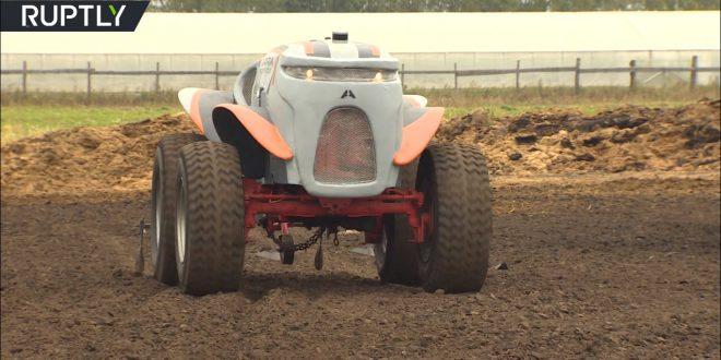 На полях Рязанской области испытывают перспективный прототип трактора-беспилотника