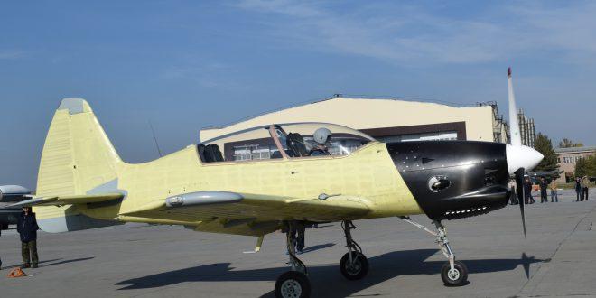Новый учебно-тренировочный самолет Як-152 первый раз поднялся в воздух (Видео)