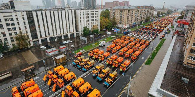 Первый московский парад городской техники стал самым масштабным в мире