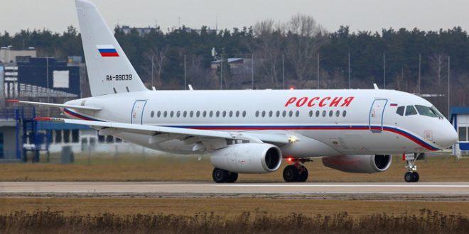 """Авиакомпания """"Россия"""" получит 20 самолетов SSJ 100"""