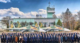 В Комсомольске-на-Амуре выпустили последнюю пару Су-30МК2