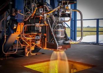 Начались огневые испытания первых российских ракетных двигателей