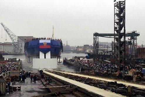 Ледокол «Виктор Черномырдин» спущен на воду Балтийским заводом