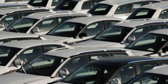 На обновление автопарка правительство выделило дополнительно 5,25 млрд рублей