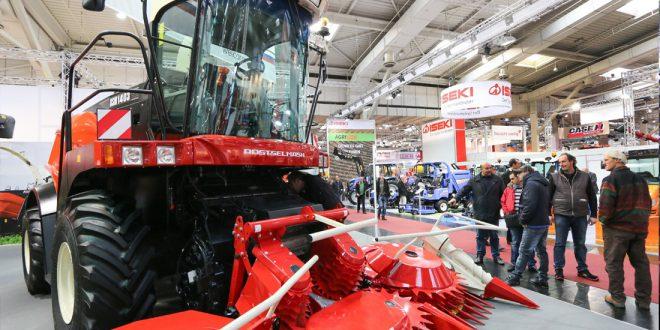 Правительство выделило 1,3 млрд рублей производителям сельхозтехники