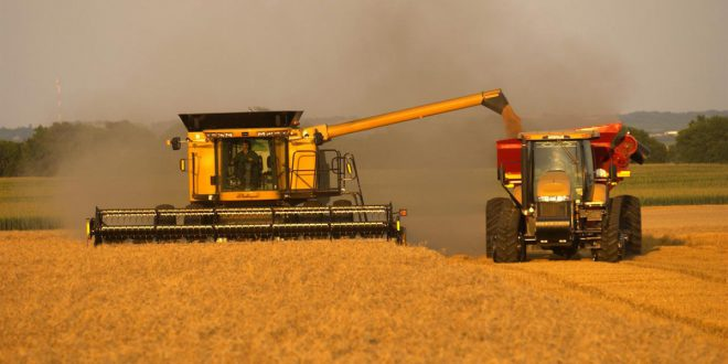 Субсидирование сельхозтехники продлят на 2017 год