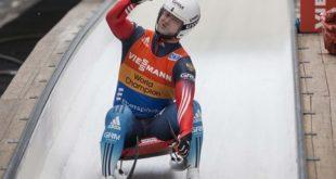 Семён Павличенко завоевал золото на первом этапе Кубка мира по санному спорту